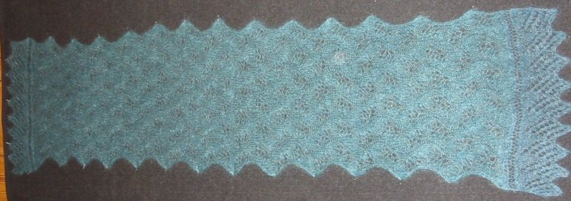 Wavy Lace Scarf finished