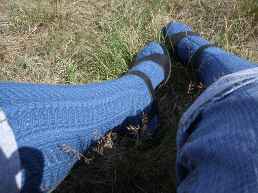 Lacy_Cables_Knee_Socks