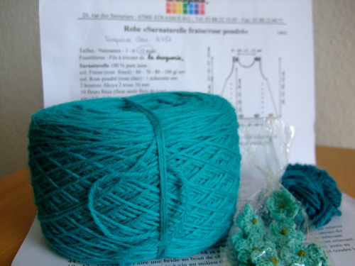 Robe Verte - Yarn kit from La Droguerie