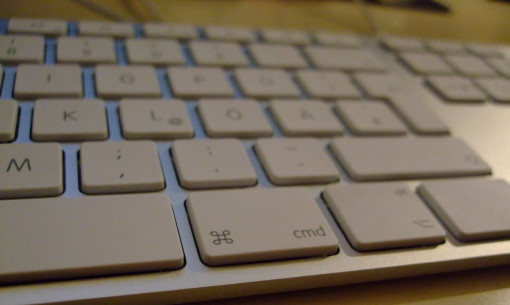 Apple keyboard without apple key