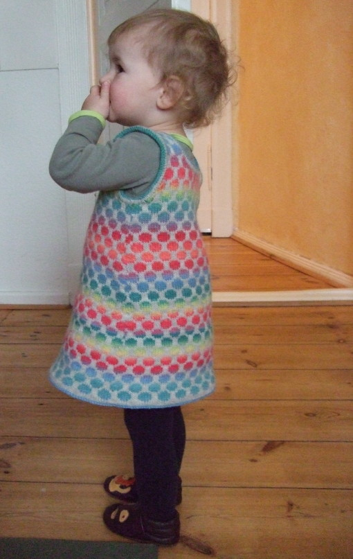Dotty Dress - Stranded knitting