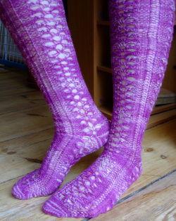 Tulip Lace Knee Socks