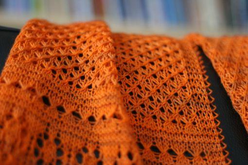 Hearts in Estonia Scarf - Star Pattern Stitch