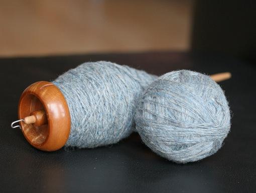 Bosworth Midi Spindle Ancient Kauri - Plied yarn