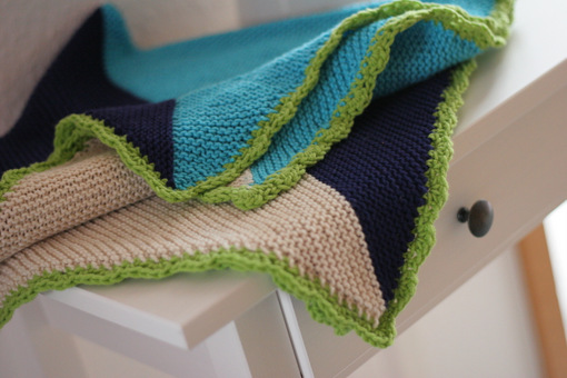 Trigonometry garter stitch blanket