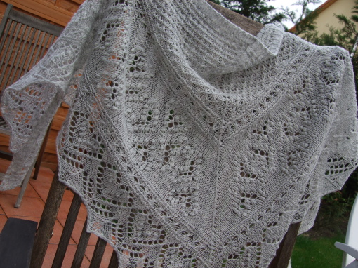 Hearts in Estonia Shawl - Grey