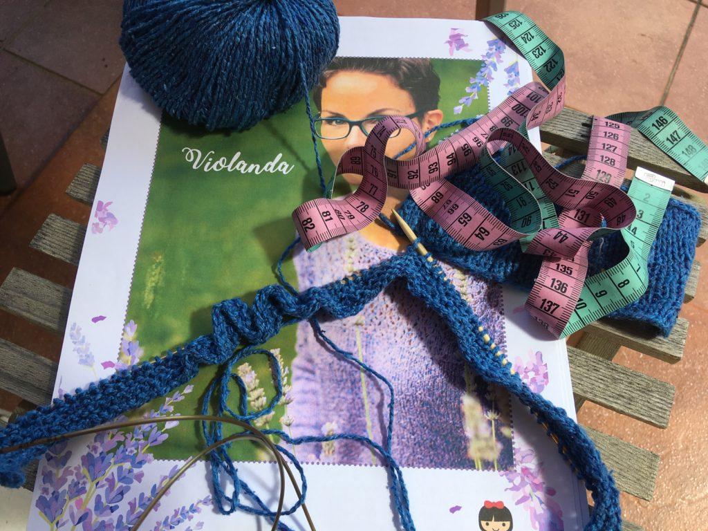 Teststrick des Violanda Pullovers aus Seta Tweed von Lang Yarns